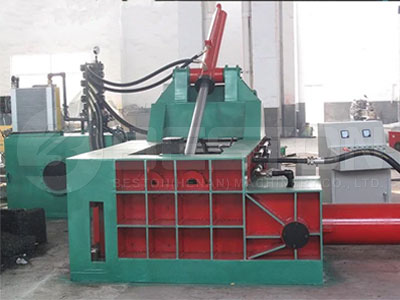 hydraulic-metal-baler